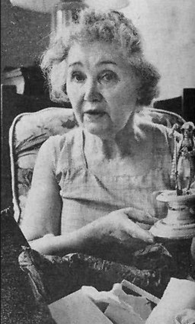 Смит регулярно отказывалась от прохождения любых экспертиз, которые могли бы позволить установить тождественность ее личности и личности Анастасии, включая экспертизу ДНК, предложенную ей в 1994 году, незадолго до смерти. Евгения Смит умерла в забвении 31 января 1997 года.