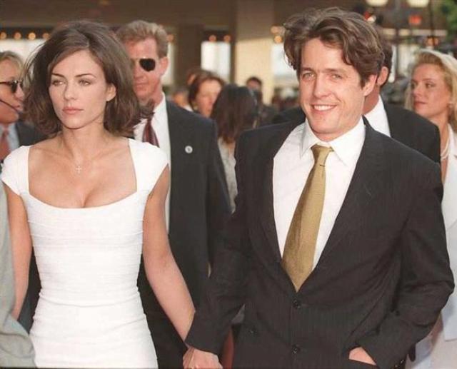 Хью Грант. В 1995 году Хью Грант был в отношениях с британской актрисой Элизабет Херли.