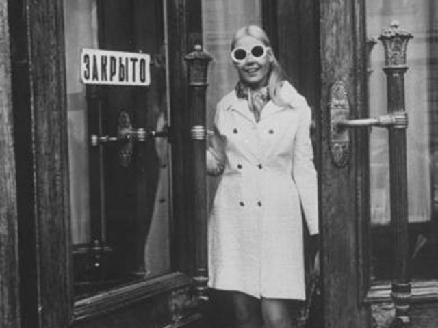 """Мила Романовская. Эта мягкая блондинка была соперницей неприступной и """"звездной"""" брюнетки Збарской. Ленинградка, пережившая блокаду, начала карьеру в родном городе, но потом переехала следом за мужем в столицу."""