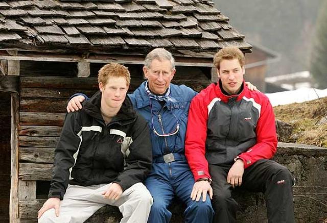 Как сообщалось, Уильям провел несколько выходных в удаленном коттедже в поместье королевы, катаясь на лыжах с симпатичной брюнеткой.