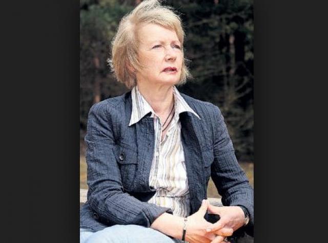 Больше двадцати лет проработала в отделе раритетов библиотеки Института истории АН Литвы.