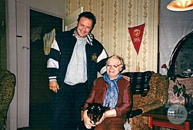 """Алексей Маклаков. Вряд ли кто-то сможет вспомнить более ранние роли """"прапорщика Шматко"""" из сериала """"Солдаты"""", однако в театральный он поступил в далеком 1980."""