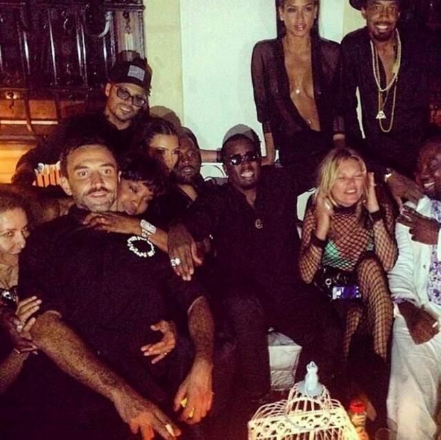 Экстравагантный креативный директор Givenchy Риккардо Тиши отметил день рождения на Ибице.