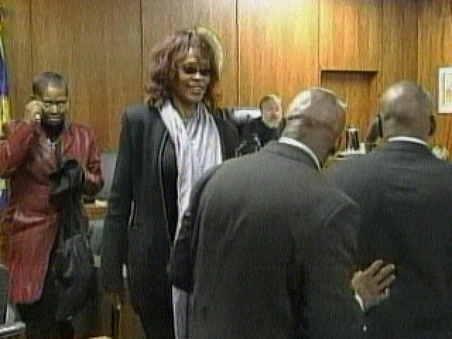 В 2007 году певица развелась со своим мужем. Брак с Брауном плохо отразился на физическом и моральном здоровье певицы.