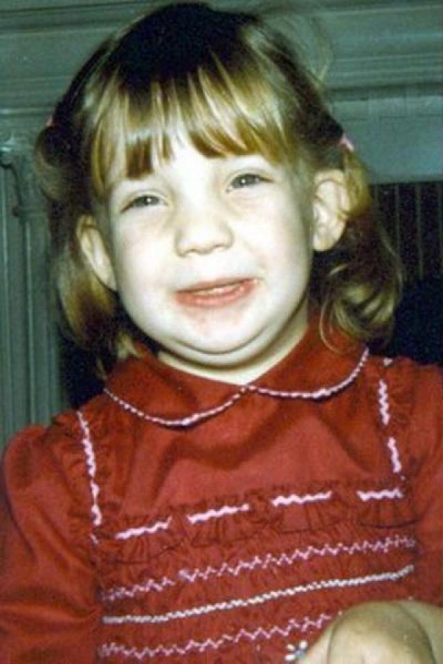 Кейт Хадсон. Дочка актрисы Голди Хоун отличалась очень специфической внешностью, что редко добавляет популярности в детском возрасте.