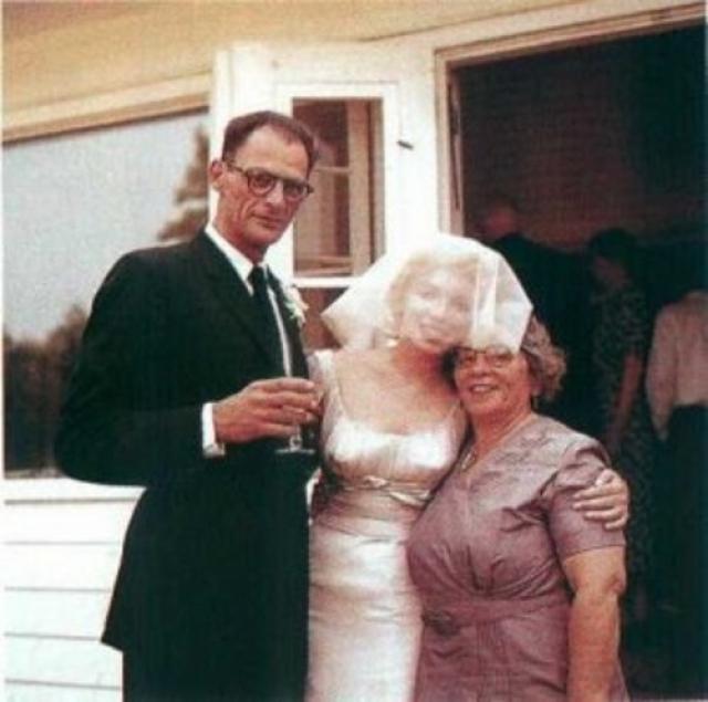 Официально они поженились 29 июня 1956 года, а через два дня после этого провели еврейскую свадебную церемонию, поскольку Артур был евреем.
