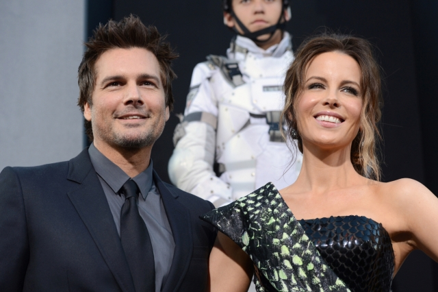 Режиссер Лен Уайзман и актриса Кэйт Бекинсэйл объявили о разрыве отношений 20 ноября.