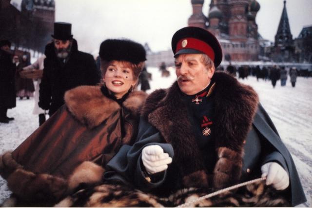 """Актриса признавалась, что ей очень понравилось работать с Михалковым: """"Я чувствовала себя абсолютно свободной. Никита очень любит свою команду. Как актер он сам понимает актерские проблемы. Это был замечательный опыт, одна из самых интересных работ в моей карьере""""."""