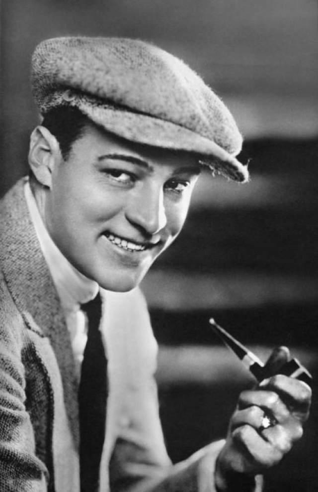 """А восхождение на киноолимп началось в 1919 году, когда он сыграл одну из главных ржей в фильме """"Четыре всадника Апокалипсиса""""."""