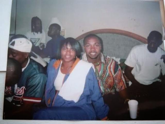 Тупак Шакур. В ноябре 1993 года рэпер познакомился с 19-летней девушкой Аянной Джэксон, которая через неделю после знакомства обвинила его в изнасиловании.