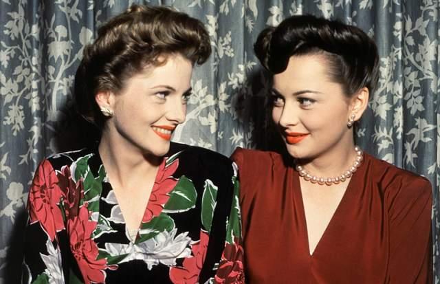 Судьба не всегда была к ней добра. У актрисы умерли муж и сын, а не так давно в возрасте 96 лет умерла ее сестра – не менее знаменитая актриса Джоан Фонтейн, с которой они всю жизнь были соперницами.