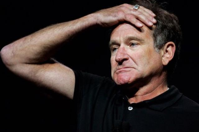 """Личный помощник актера заявил, что он """"боролся с тяжелой депрессией"""", однако не подтвердил версию о самоубийстве."""