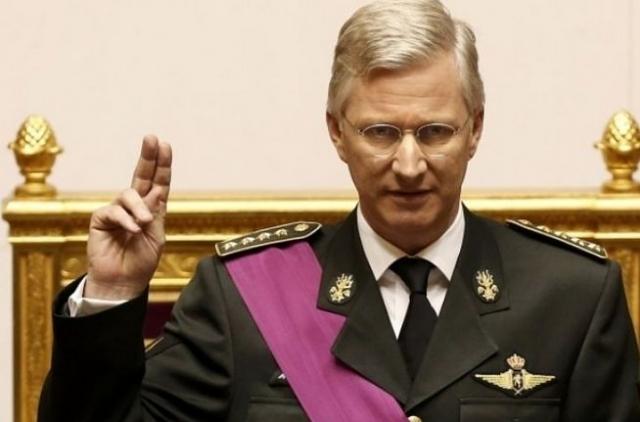 Филипп. Король Бельгии интересуется техникой и особенно авиастроением. На счету Филиппа 30 одиночных вылетов, он владеет вертолетом.