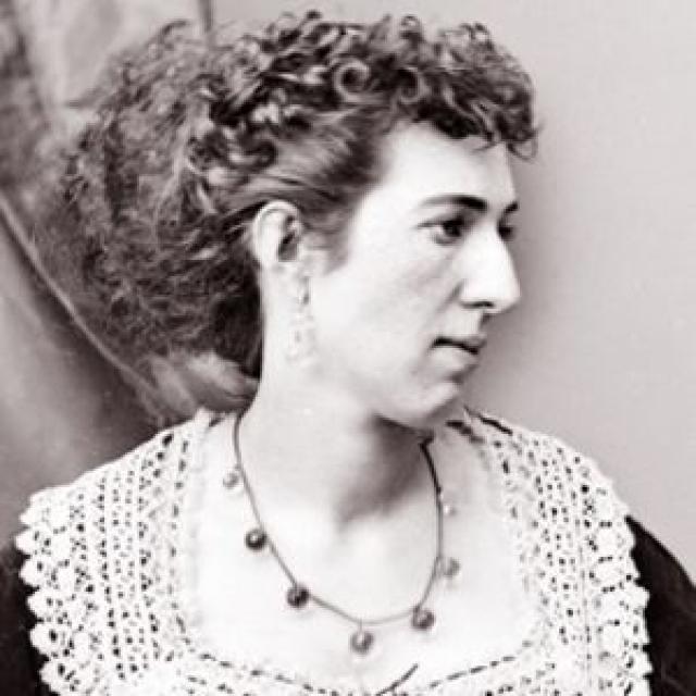 Белли Бойд. Больше известна по прозвищу Ла Белль Ребель. Во времена Гражданской войны в Америке она была шпионкой южных штатов.