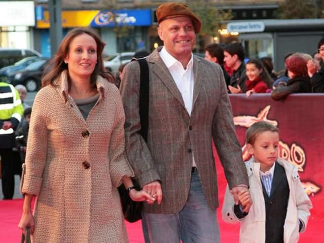 В браке с Аминой Кортнев стал отцом троих детей- Арсения, Афанасия и дочери Аксиньи. Сейчас глава многодетной семьи чувствует себя самым счастливым мужем и отцом, а Амина занимается благотворительностью и поддерживает мужа в его проектах.