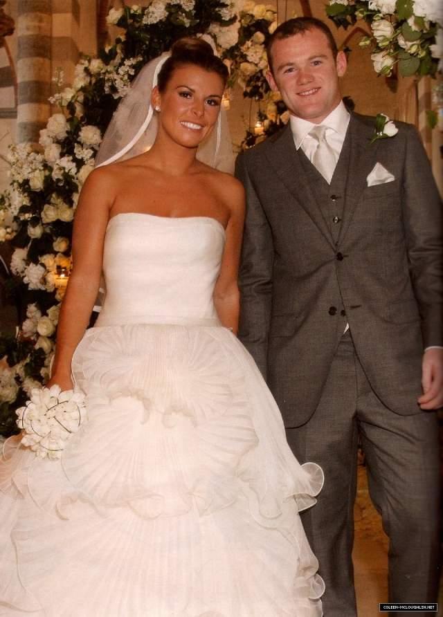 Уэйн Руни и Колин Маклоклин ($8 млн). Футболист Манчестер Юнайтед женился на своей школьной любви в 2008 году. Церемония была небольшой, но удивительно пышной.