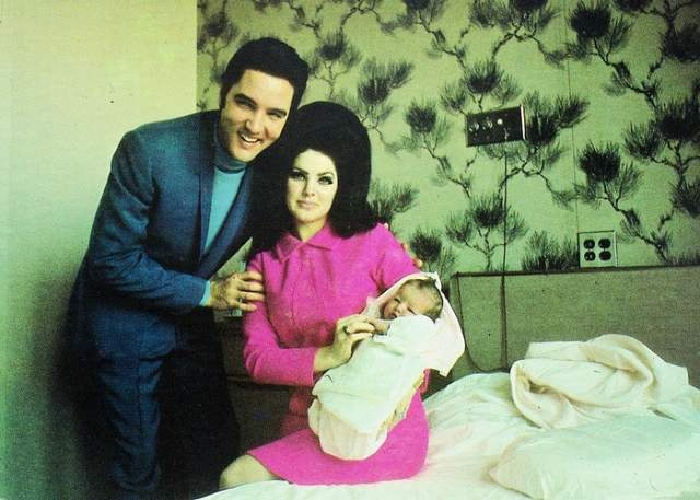 Свадьба состоялась в мае 1967 года. Этот брак принес Элвиса единственную дочь Луизу-Мари, которая впоследствии станет первой женой Майкла Джексона.