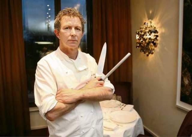 Кевин Торнтон. Известный британский шеф-повар и телеперсона с женой Мюриел отдали их первого ребенка на усыновление в 1980-х.