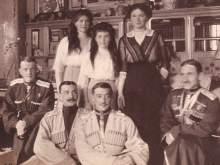 Тайник с неизвестными ранее фото Николая II найден в Ессентуках