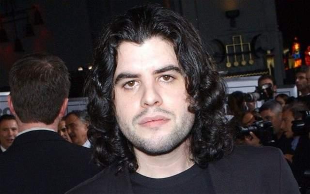 13 июля 2012 старшего сына Сильвестра Сталлоне нашли мертвым в его доме в Лос-Анджелесе. По официальной версии, 36-летний Сэйдж умер от сердечного приступа, вызванного атеросклерозом.