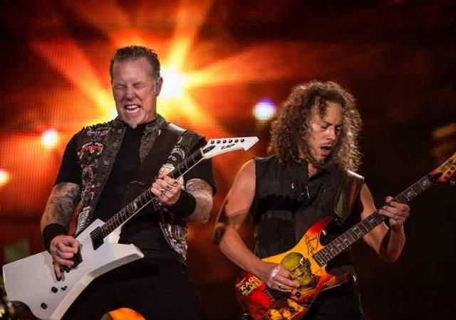 Metallica . Практически у всех рокеров амплуа бесчувственных и оторванных мужланов, которые на концерты приходят пьяными, бьют об сцену гитары, а об голову бутылки. Но вот эти ребята - пожалуй, исключение (и не единственное).