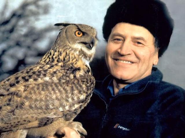 Одновременно с этим Дроздов с 1968 года работает на кафедре биогеографии географического факультета МГУ - сначала младшим, потом старшим научным сотрудником, с 1979 года - доцентом, ныне - профессором. Читает курсы экологии, орнитологии, охраны природы, биогеографии мира; постоянно выступает с лекциями.