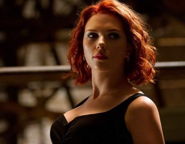 """Скарлет Йохансон Скарлет знает, что такое интенсивные тренировки в спортзале ради роли- ей пришлось через это пройти ради роли Черной вдовы в """"Мстителях"""""""