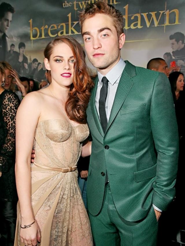В сентябре 2012 года пара помирилась, и Стюарт получила предложение о свадьбе от Роберта. Однако через некоторое время они окончательно расстались.