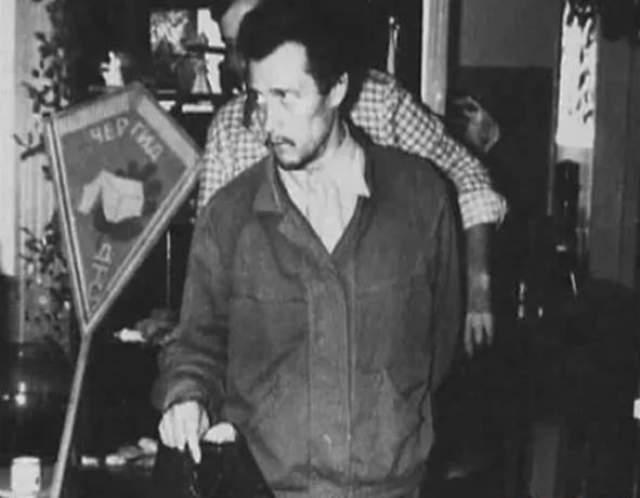 """Имущество """"Чергид"""" сожгли жители близлежащих домов. Супругу и сыновей сотрудники полиции перевезли в другой город. Дальнейшая судьба семьи Сливко неизвестна, самого его расстреляли по приговору суда в 1989 году."""