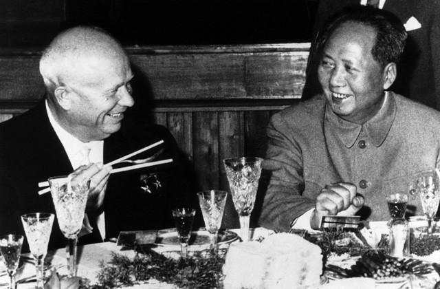 Утешение Мао находил все в тех же любовных приключениях.