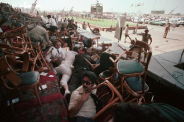 Халед аль-Исламбули и другие участники покушения были осуждены, приговорены к смерти и предстали перед расстрелянным входом в апреле 1982 года.