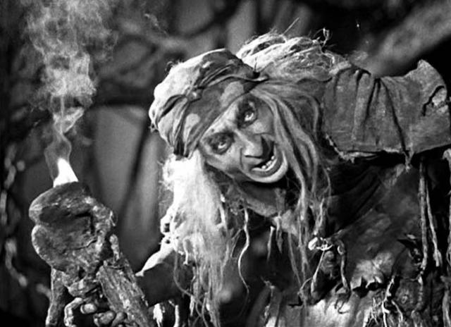Георгий Милляр был гениальным актером, его худеющая внешность и дребезжащий скрипучий голос идеально подходили к ролям комичной нечисти. К ому же, он сам продумывал костюмы и грим для своих героев. Также он продумывал походку, жесты и мимику. После смерти Роу в 73 году, карьера артиста пошла на спад. Он играл лишь в эпизодических ролях. Сам Милляр скончался 4 июня 1993 года, не дожив совсем немного до своего 90-летия.