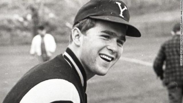 Джордж Буш , бывший президент США.