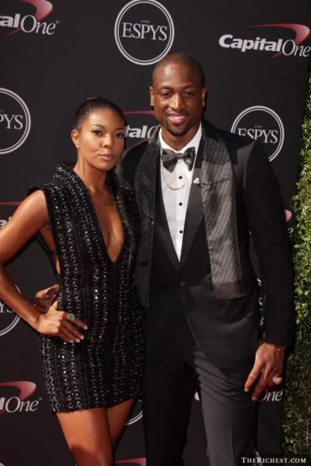 Габриэль познакомилась с баскетболистом Дуэтном Уэйном на Супер Боул в 2007 году, на тот момент спортсмен был женат и растил двоих детей.