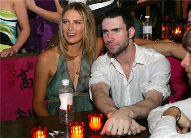 В том же году, по сведениям некоторых СМИ, во время празднования своего 18-летия в одном из нью-йоркских клубов Шарапова познакомилась с вокалистом группы Maroon 5 Адамом Левином .