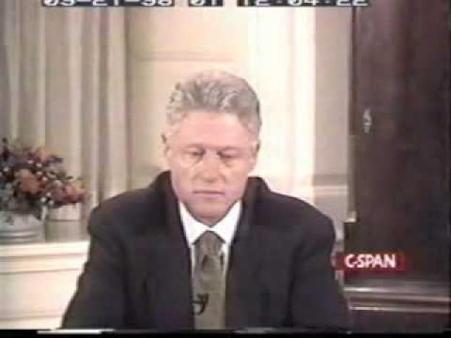 Президента обвинили в лжесвидетельстве и препятствии правосудию. С 7 января по 12 февраля 1998 года рассматривалось дело об импичменте.