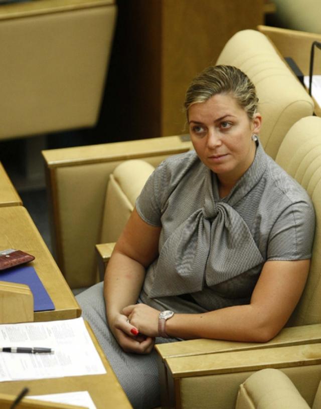 Ныне спортсменка - российский государственный деятель, ранее работавший Первым заместителем председателя Комитета ГД по вопросам семьи, женщин и детей.