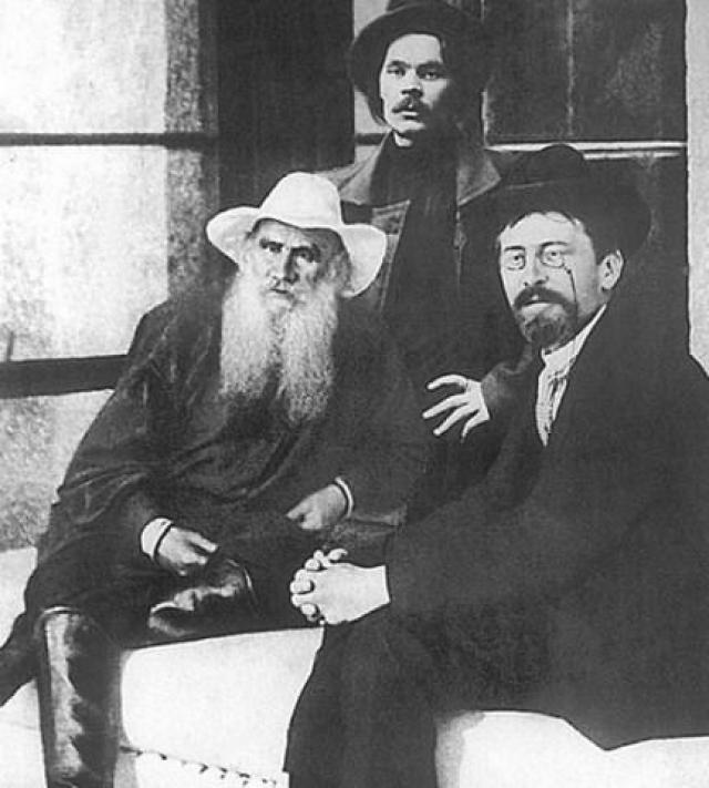 Лев Толстой, Максим Горький и Антон Чехов.