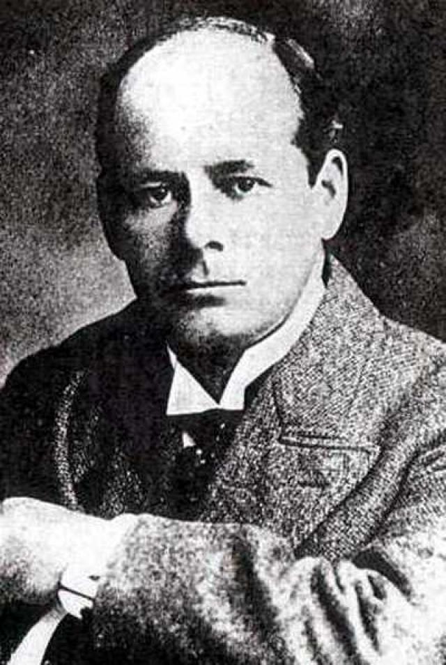 """В 1898 г. лондонский журналист Морган Робертсон малым тиражом выпустил роман """"Тщетность"""", рассказывающий о трагическом плавании огромного трансатлантического лайнера """"Титан""""."""