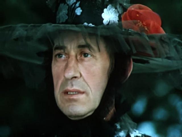 """Все отрицательные герои Басова притягательны и смешны. Кто не помнит Дуремара, шефа гангстеров из """"Приключений электроника"""", или волка из Красной шапочки."""