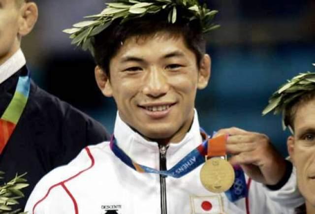 Масато Учисибе. Прокуратура Токио в 2011 году предъявила двукратному олимпийскому чемпиону 33-летнему японскому дзюдоисту официальное обвинение в изнасиловании девочки-подростка.