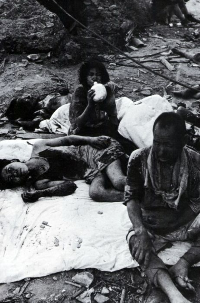 Только в 1957 году японские власти ввели бесплатное лечение для пострадавших от взрыва. Ни один из них не дожил до 60 годовщины трагедии.