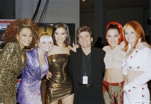"""Проектом заинтересовался уже популярный Саймон Фуллер . Буквально через шесть месяцев, в августе 1995 года, Саймон выбил для девчонок договор со студией """"Virgin Records"""" на издание альбома и распространение его по всему миру."""