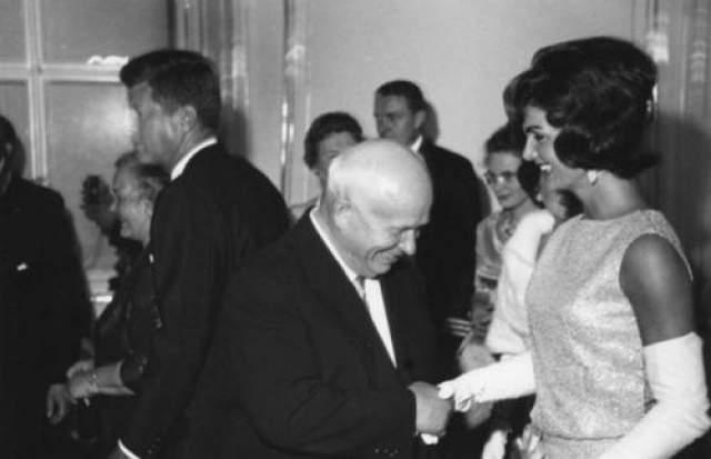 Никита Хрущев и Жаклин Кеннеди. Вена, Автор: Савин Михаил, 1962 год