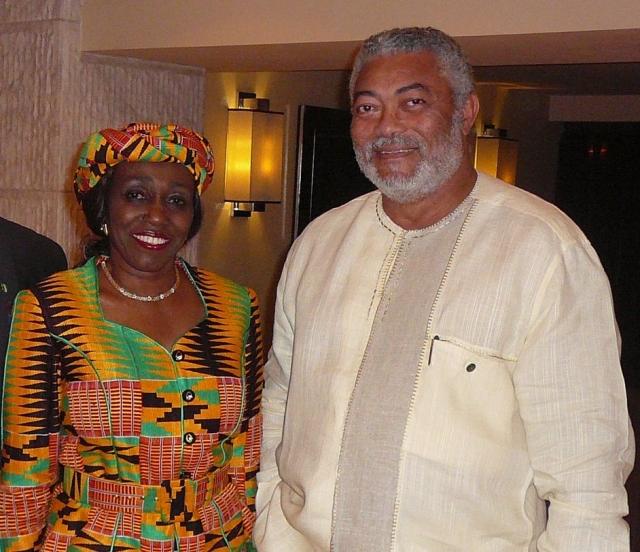 С 1977 г. женой Джерри является Нана Конаду Агеман Ролингс, проявившая себя в социальном развитии своей страны. Благодаря её усилиям Гана стала первой африканской страной, ратифицировавшей конвенцию ООН о правах ребёнка. Стала инициатором принятия закона о правах наследования при отсутствии завещания, утвердившей права женщин в Гане. При активном участии её движения и её лично в Гане открыто около 1000 дошкольных детских учреждений.