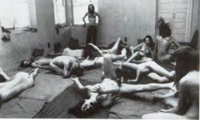 """Особенное распространение секта получила в США. Очевидно, именно """"пророк"""" в 1984 году отравил сотни людей в Далласе с помощью бактерии сальмонеллы."""