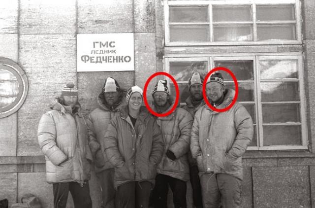 """Двое спасателей – тренеры-эстонцы ДСО Калев Муру и Калле Хансен – первыми добрались до """"сковородки"""". Там и встретили они Алексея Кореня, обессилевшего от пережитого."""