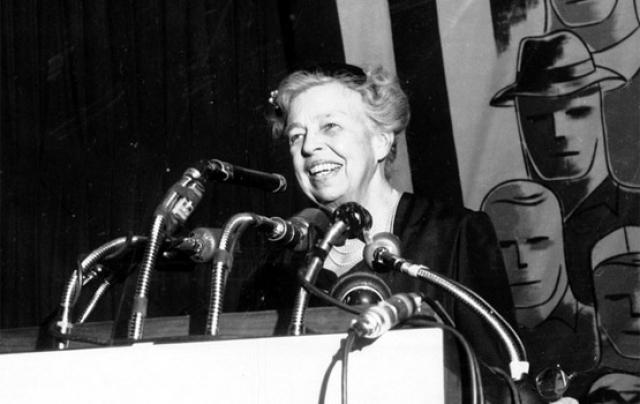 Политикой и общественной деятельностью Элеонора Рузвельт активно занималась до конца жизни. Она боролась за права женщин, участвовала в создании правозащитной организации Freedom House, по ее инициативе была разработана и принята Всеобщая декларация прав человека.