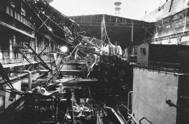 В 1:23 ночи на пульт дежурного пожарной части ВПЧ-2 по охране ЧАЭС поступил сигнал о возгорании.