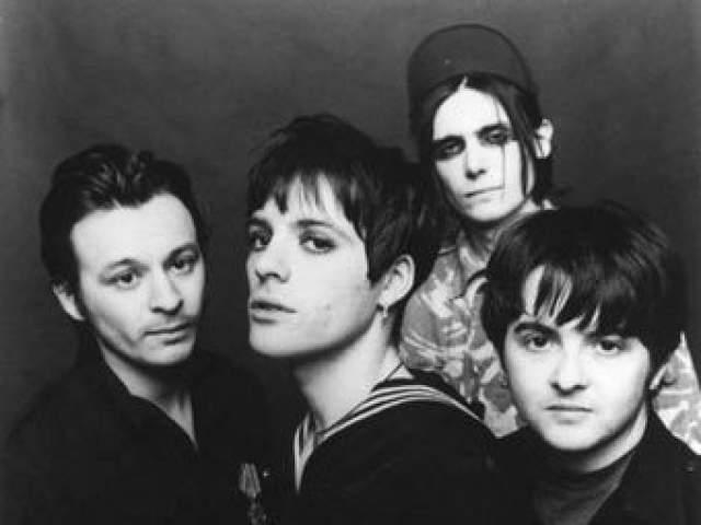 Вместе с группой Эдвардс успел издать девять альбомов, когда неожиданно в 1995 году он исчез.